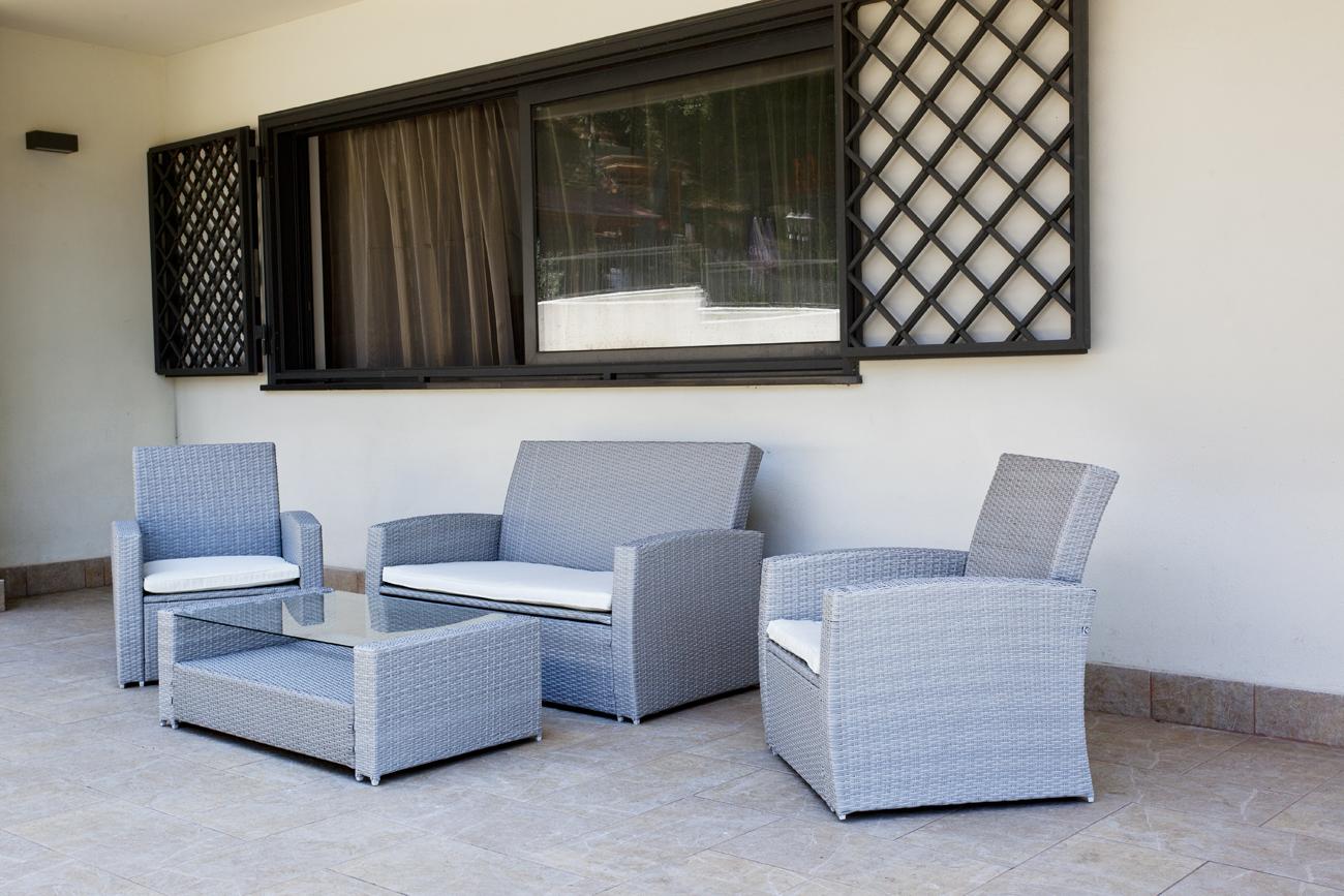 Aranova patio
