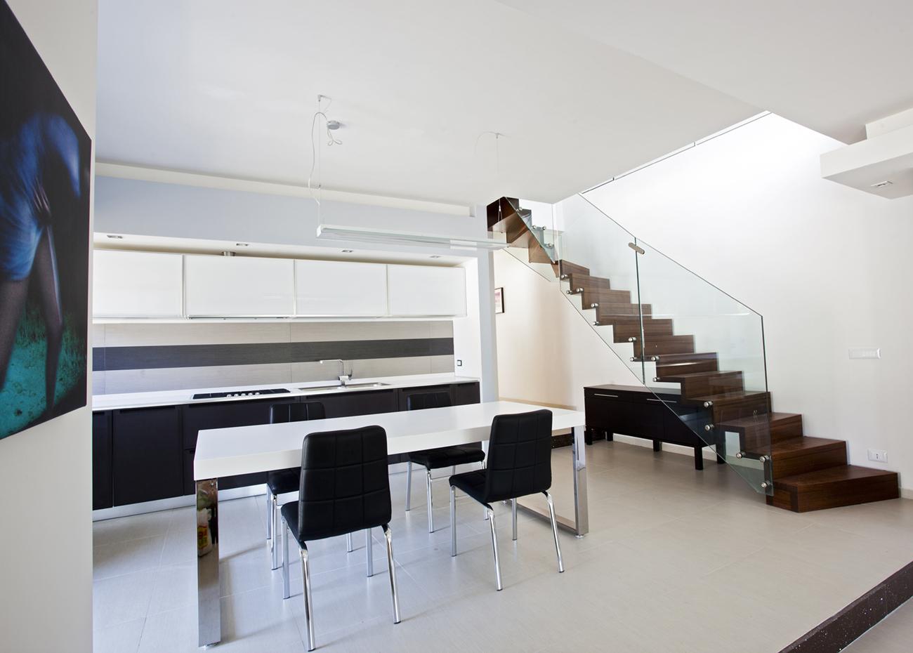 Aranova staircase