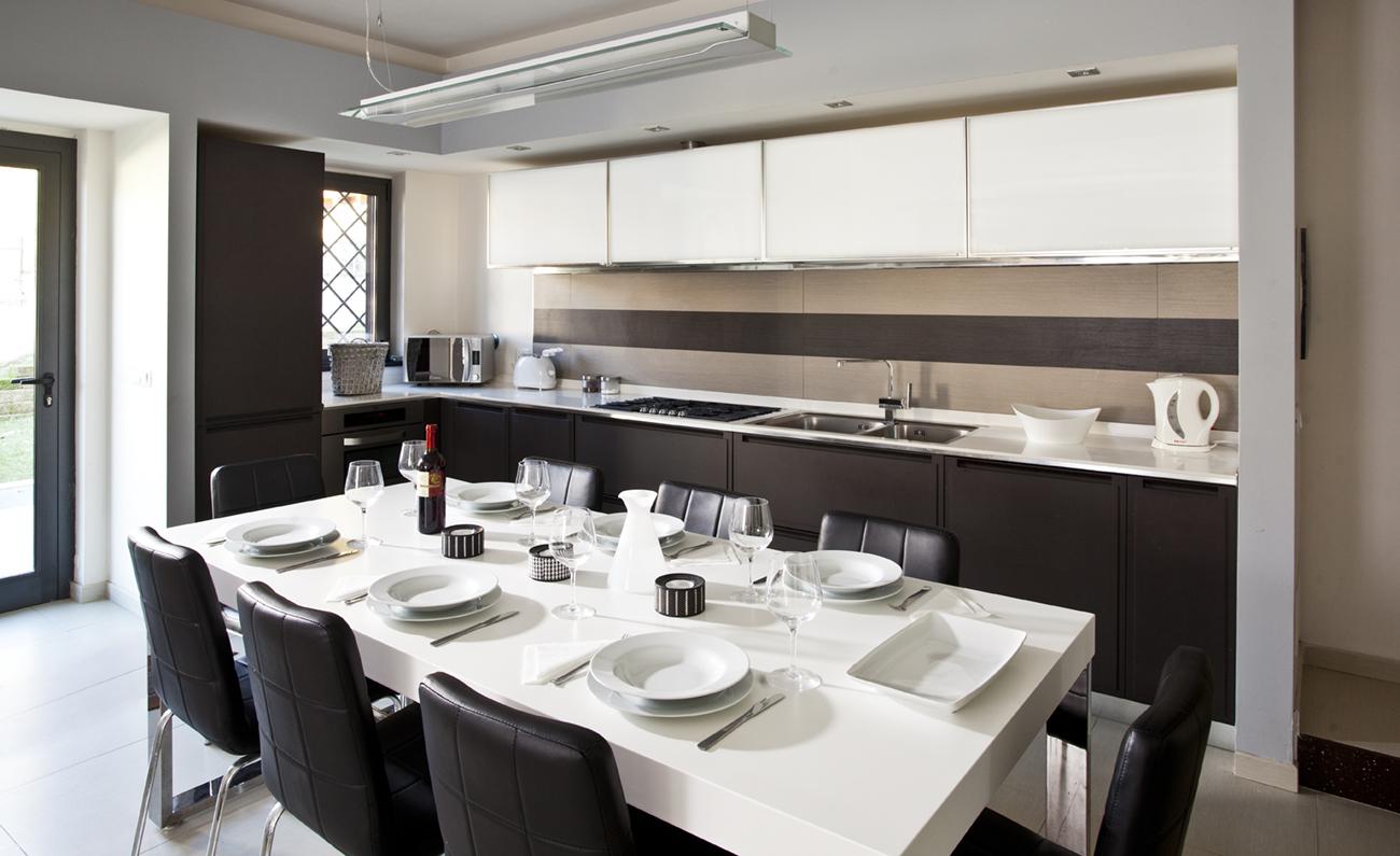 Aranova kitchen